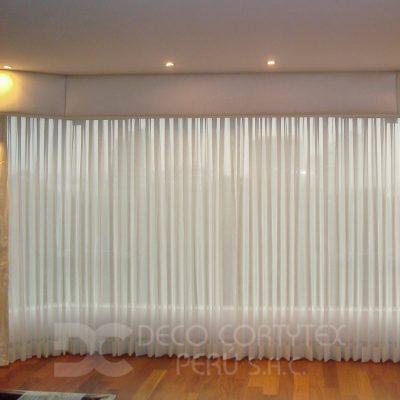 Cortinas 11 - Cortina de tul con cenefa tapizada para Sala