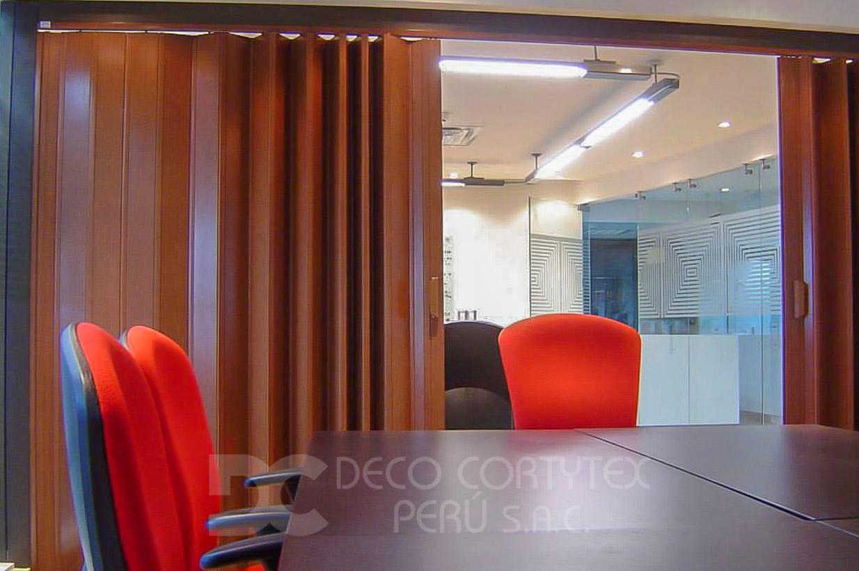 Puertas plegables 04 - Puerta PVC con acrílicos